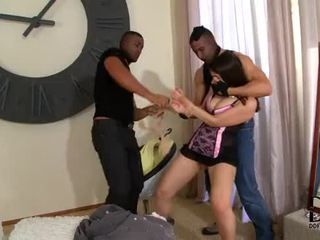 Valentina nappi gets double penetrated द्वारा two हॉर्नी burglars