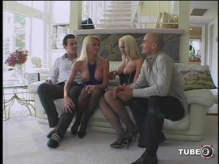 Cona pounding posse - cena 4