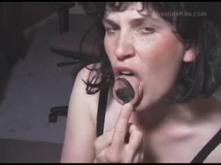 सेक्सी ब्रुनेट मिल्फ आमेचर मेच्यूर वाइफ इंटररेशियल कुक्कोल्ड cumdrinking