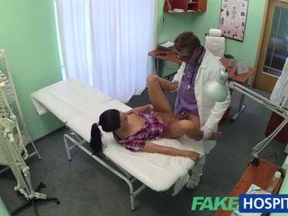 caméras cachées tout, qualité hôpital frais, amateur évalué