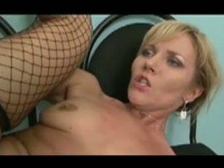 beautiful MILF Zlata loves anal sex