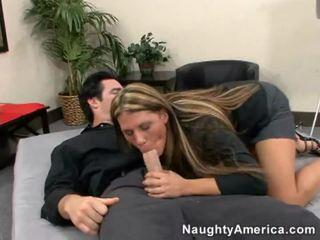 Seksi telanjang wanita mendapatkan hardcor fuck
