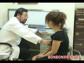 Enceinte ado être baisée par docteur à faire abortion 03