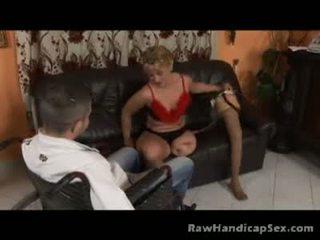 Seksowne blond noga amputowane gets ładny pieprzenie