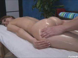 Pievilcīgas seksuālā 18 gads vecs gets fucked grūti