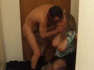 Vollbusig französisch reif im tief anal fick