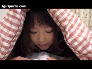 Super pievilcīgas un uzbudinātas japānieši 18yo skolniece