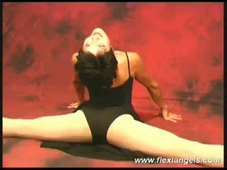 Jovem bailarina aida