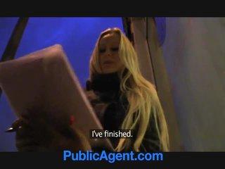 Publicagent blondi kanssa valtava koekäytössä voitto ipad
