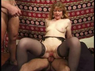 Martine, 成熟 肛門 banged 在 絲襪 視頻