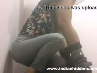 indian babe blowjob in restaurant toilet mms indian-sex