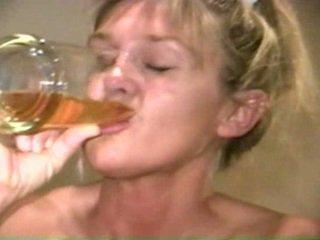 Piss: sherry carter içmek more old piss