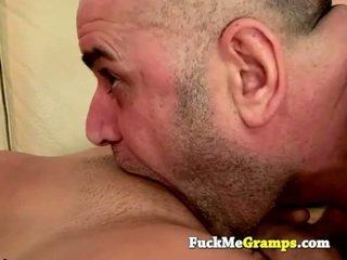 Eski adam jack fucks the islak gömlek sonraki kapı