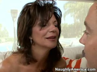 Sexy Milf Deauxma Can't Live Without To Blow A Young Hard Schlong