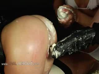 Extremely kejam bottom pertandingan dengan cream