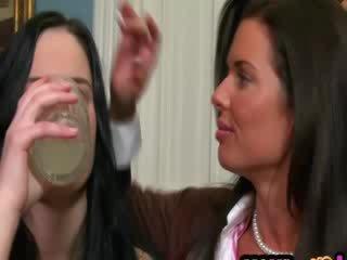 חרמן אמא שאני אוהב לדפוק gets בובה זוג חרמן ל סקס