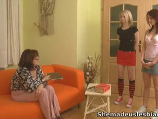 Brunette Lara And Blonde Donna Became Lesbians.