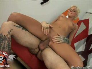 Bitchy madu christine alexis sits beliau basah air mani hole pada yang thick jock dan loves ia