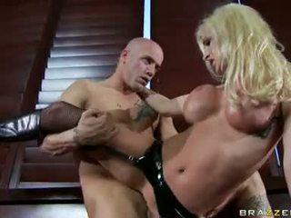 Nadia hilton láska getting laid s ju excited partner