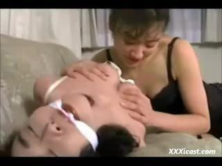 Lésbica asiática bondage