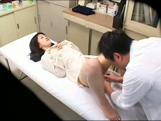 Perverted dhokter uses young patient 02