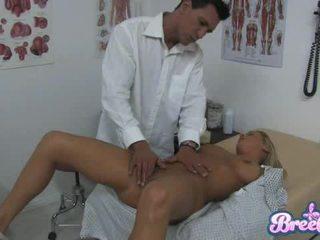 Bree receives एक thorough एग्ज़ॅम