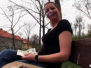 Чешки момиче iveta flashes и публичен майната