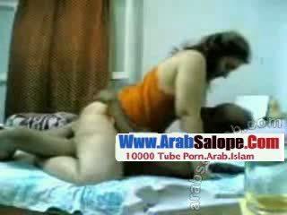Private arabic seks tape