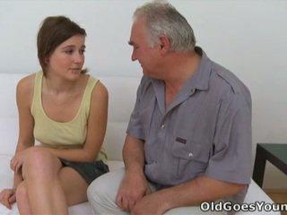 Joli 和 grej 熱 青少年 色情