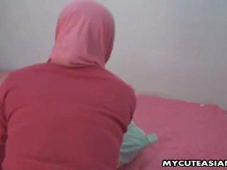 प्रीट्टी अरेबीयन बेब being गड़बड़ इसलिए कठिन में उसकी पुसी.