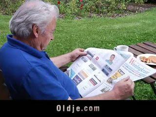 Oldje: ξανθός/ιά άγγελος loves ηλικιωμένων cocks