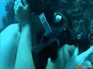 Sabine mallory în apă la dracu și semen lovitură