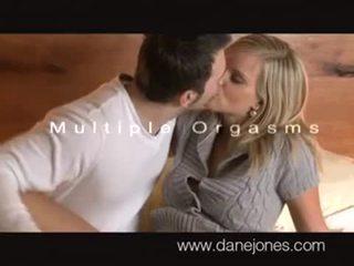 الجنس عن طريق الفم, الجنس المهبلي, قوقازي