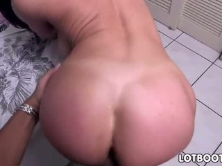 Big ass Kendra Lust sucked the dick and