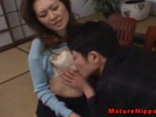 Matura asiatic gets ei paros box licked