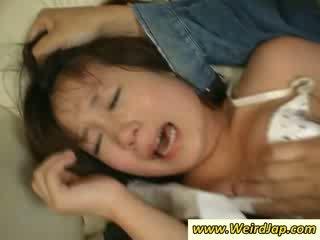 Tesné bodied ázijské maids gets potrestané