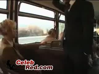 Blondinka mekdep gyzy maniac abuse ýapon guy in awtobus with