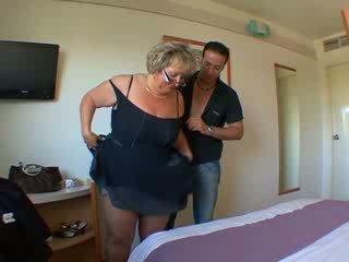 Carole فرنسي ناضج الشرجي مارس الجنس