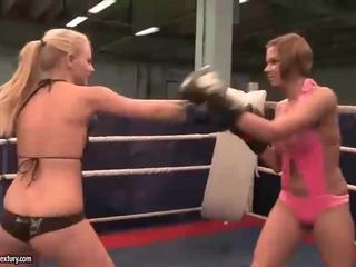 hot lesbian hottest, ideal lesbian fight online, rated muffdiving