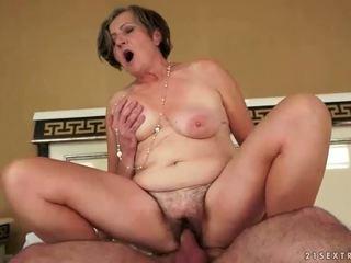 Stará Mama porno