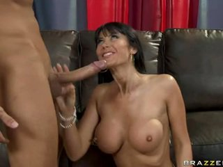 Bigtitted Milf Eva KarEra Squeezes A Lucky Fellow's Nob Between This Chabr Juicylicious Jugs