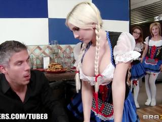 Brazzers - christie stevens - huge helping of sausage