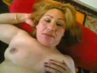 Arab old wife gets fucked