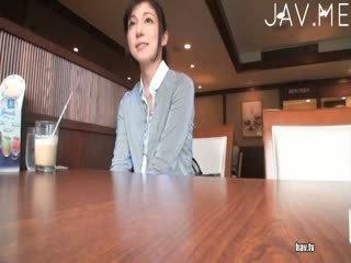 viac prsia, vidieť zasraný, menovitý japonec