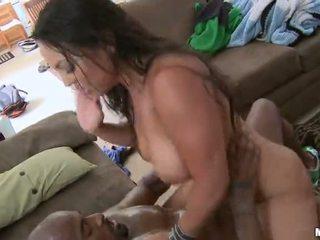 Sexy milf adriana lima fodido difícil por um negra caralho vídeo