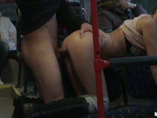 Baguhan puta gets banged mahirap sa ang bus