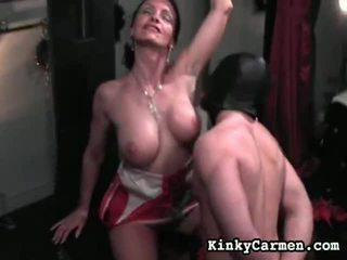 Përzierje i femdom video nga jashtë norme carmen