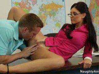 India Summers Slutty Teacher Getting Her Cunt Lick Hard