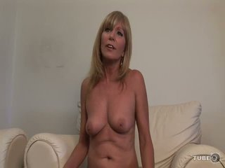 nice old more, shaved hq, online mom check