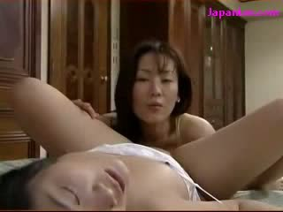 doll Kissing Getting Her puss Licked By Mature Woman On The Bed